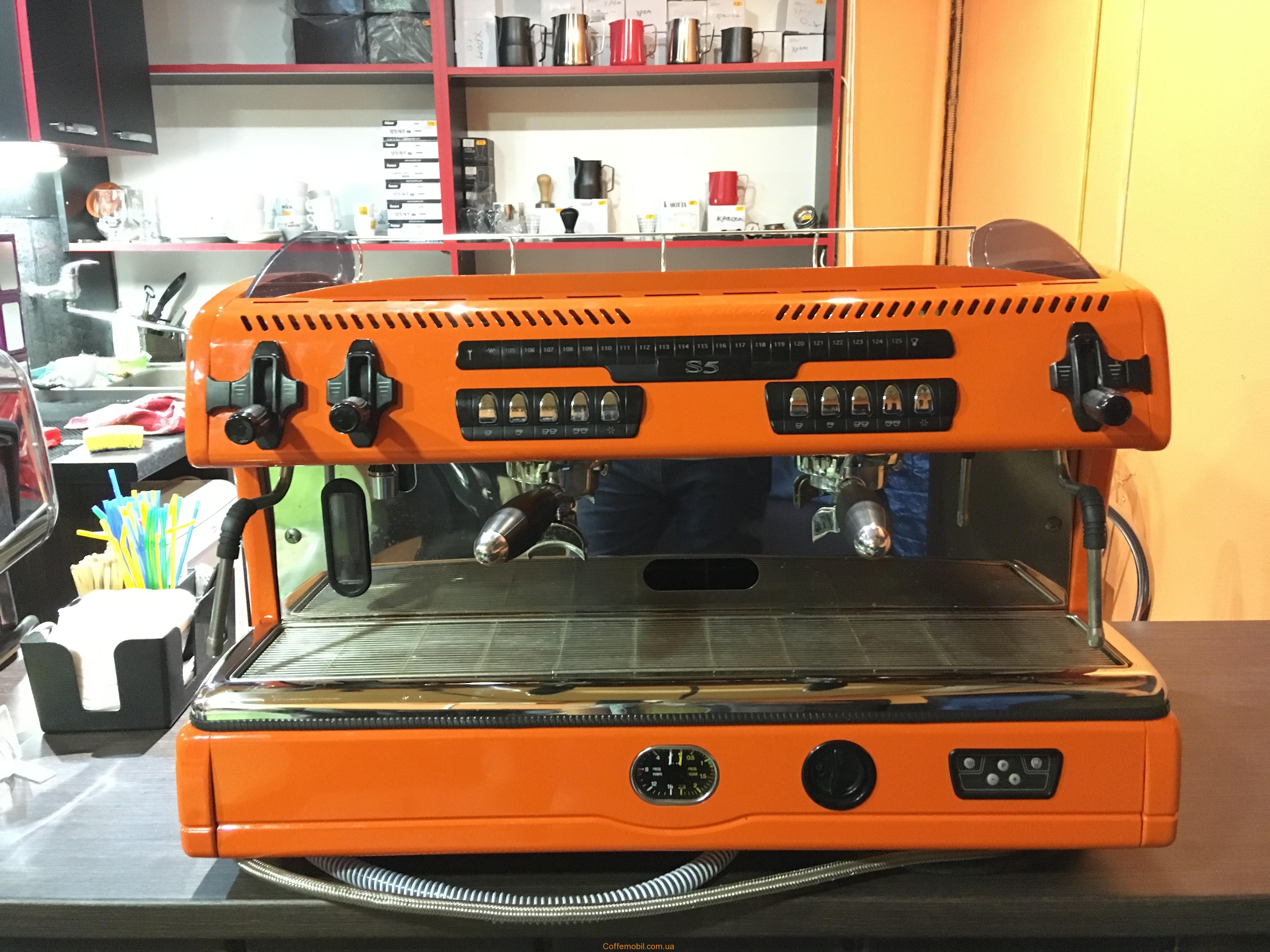 Професійна кавомашина La spaziale s5 на 2 групи