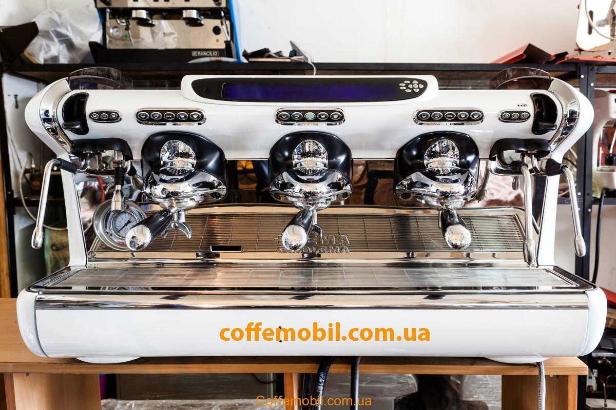 професиональная бу кофемашина Faema Emblema