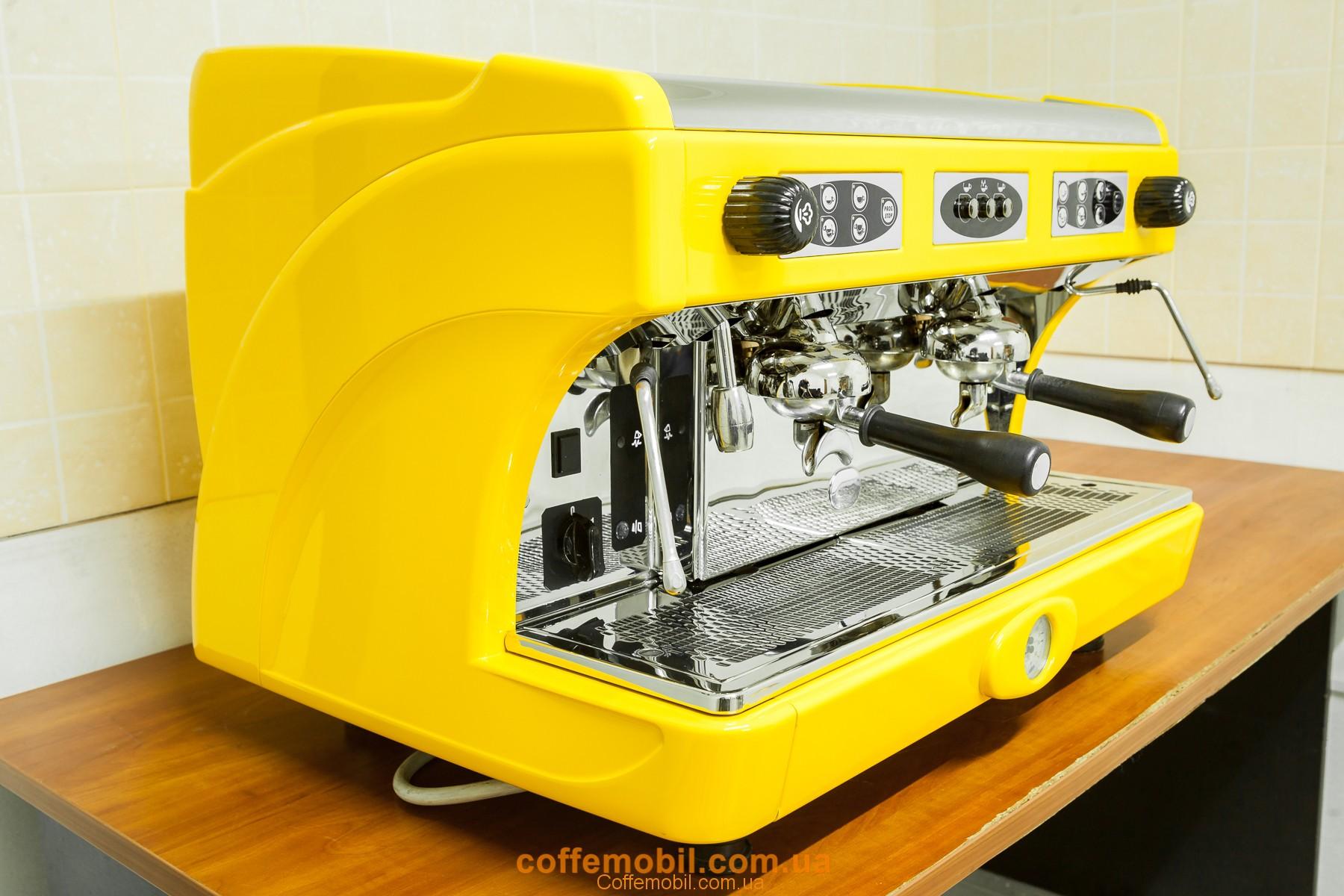 Профессиональная кофеварка Astoria Calypso 2gr