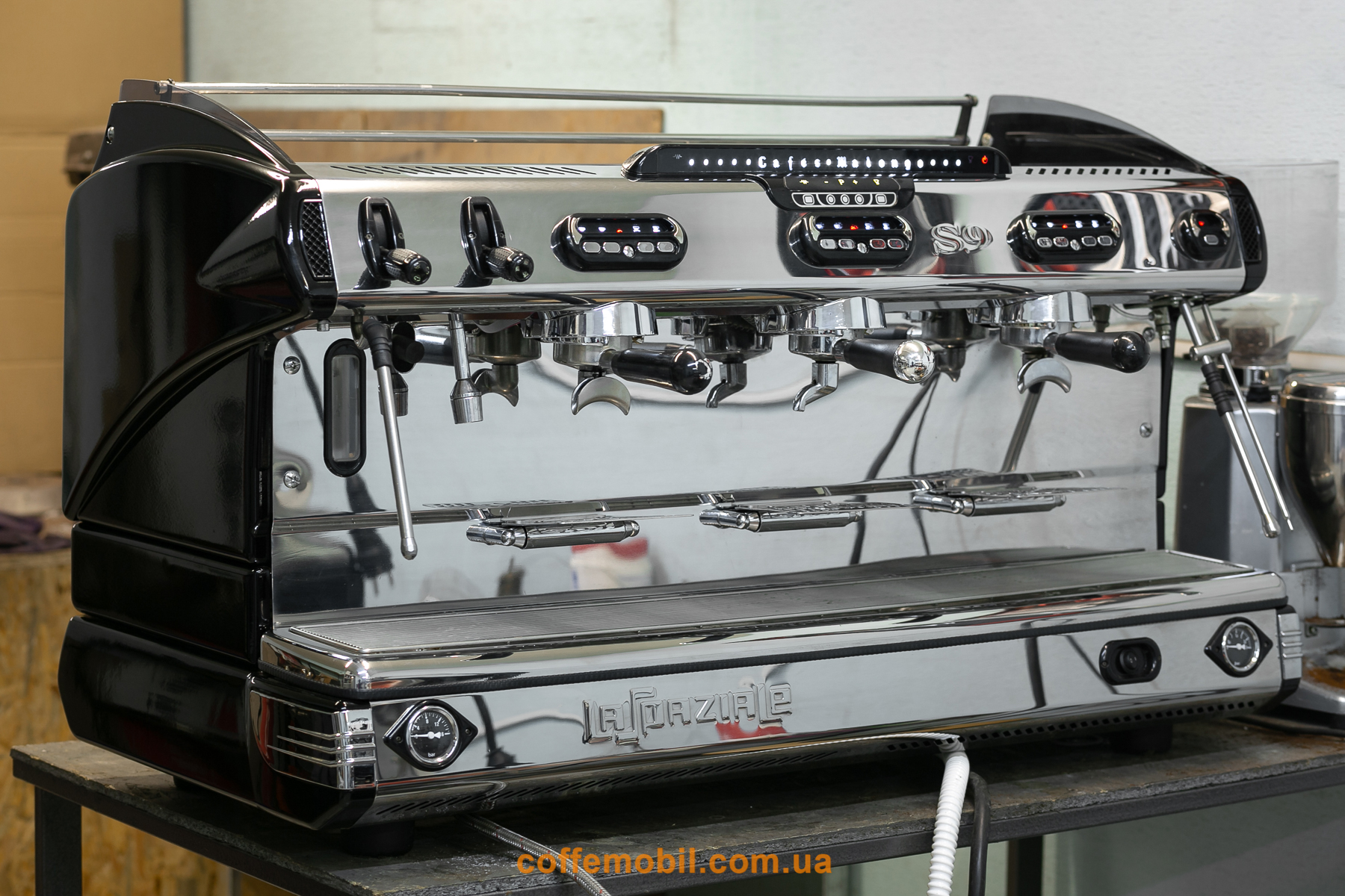 Профессиональная кофеварка Spaziale S9