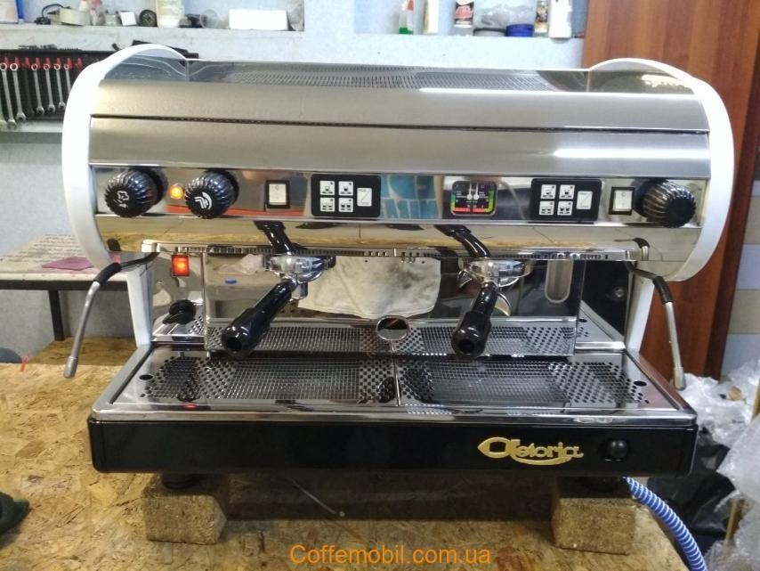 Профессиональная кофеварка бу Астория Лиза