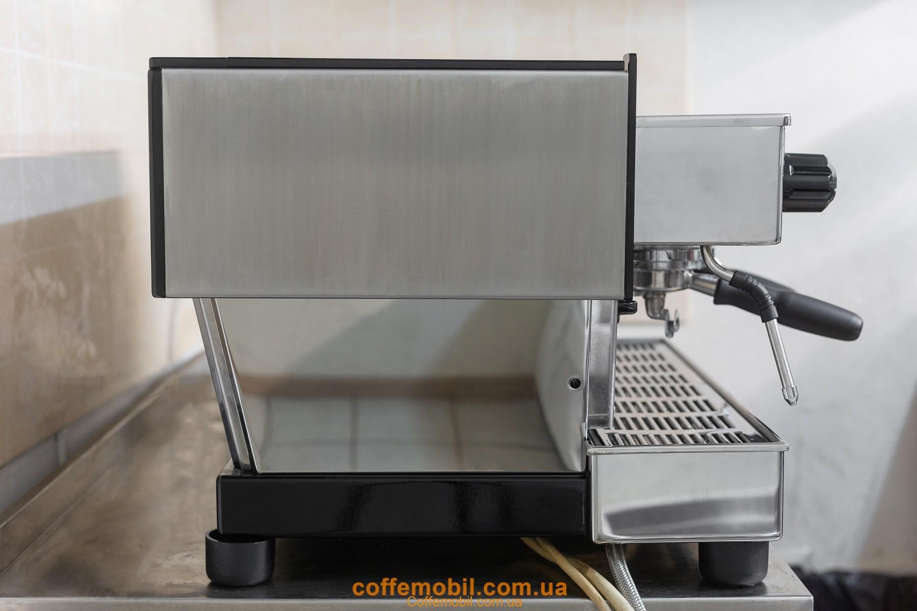 Профессиональная полировка кофемашин Марзоко