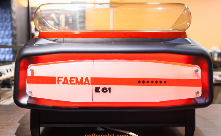 Faema E61 Black Legend